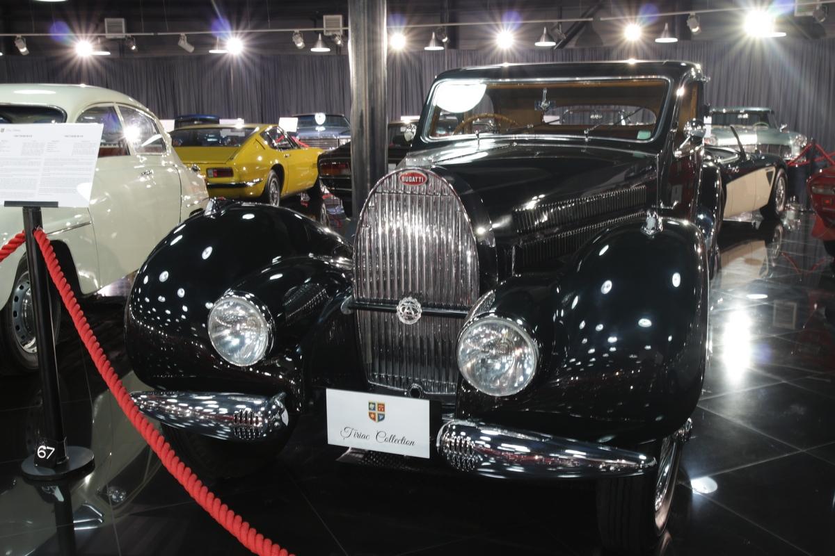 O noutate in Galeriile Tiriac Collection este si acest superb Bugatti Type 57 Coach Ventoux produs in 1938