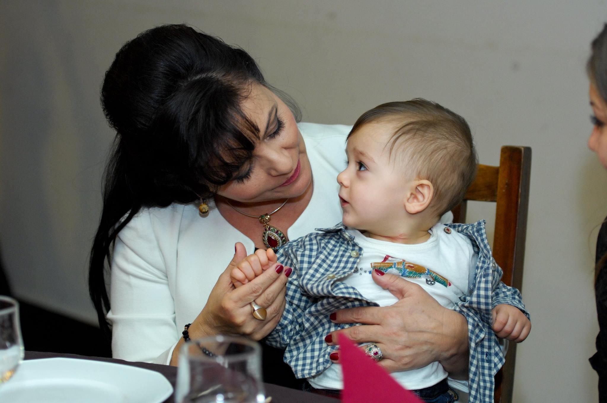 Maria Ghinea este acum cea mai fericita bunica