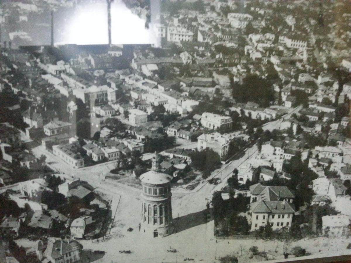 Fosisorul de Foc, care gaszuieste in prezent Muzeul National al Pompierilor, a fost contruit intre anii 1890-1891