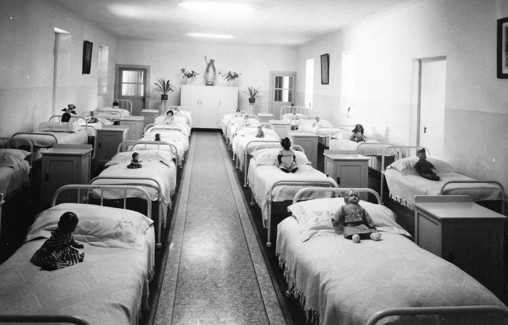 Se spuen ca spiritele copiilor inca mai bantuie cladirea in care a functionat orfelinatul