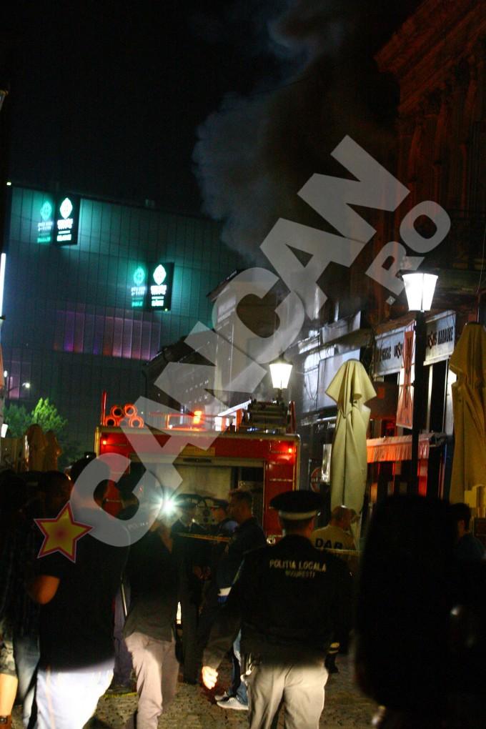 Cancan.ro a publicat la acea data imagini de la locul incendiului