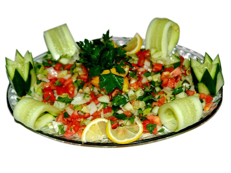Bucatarul recoamnda consumul de salata inainte de nunta