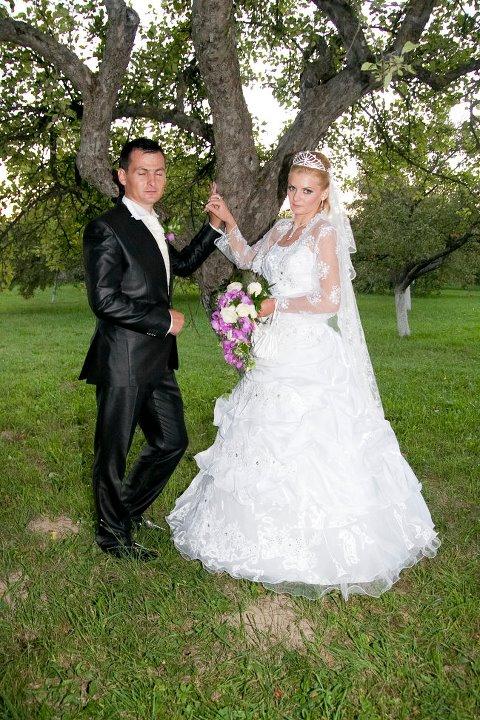 Artista alaturi de sotul ei la nunta