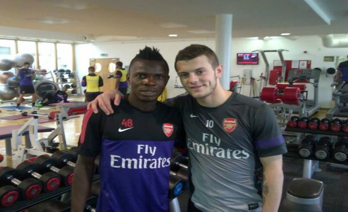 Dovada ca Onduku a trecut pe la Arsenal. Nigerianul s-a fotografiat cu Wilshere, elevul lui Wenger