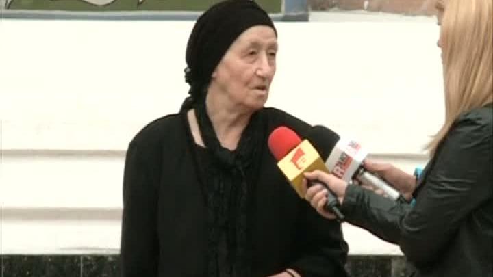 Mama lui Gigi Becali a preferat sa mearga la Biserica si nu la vot