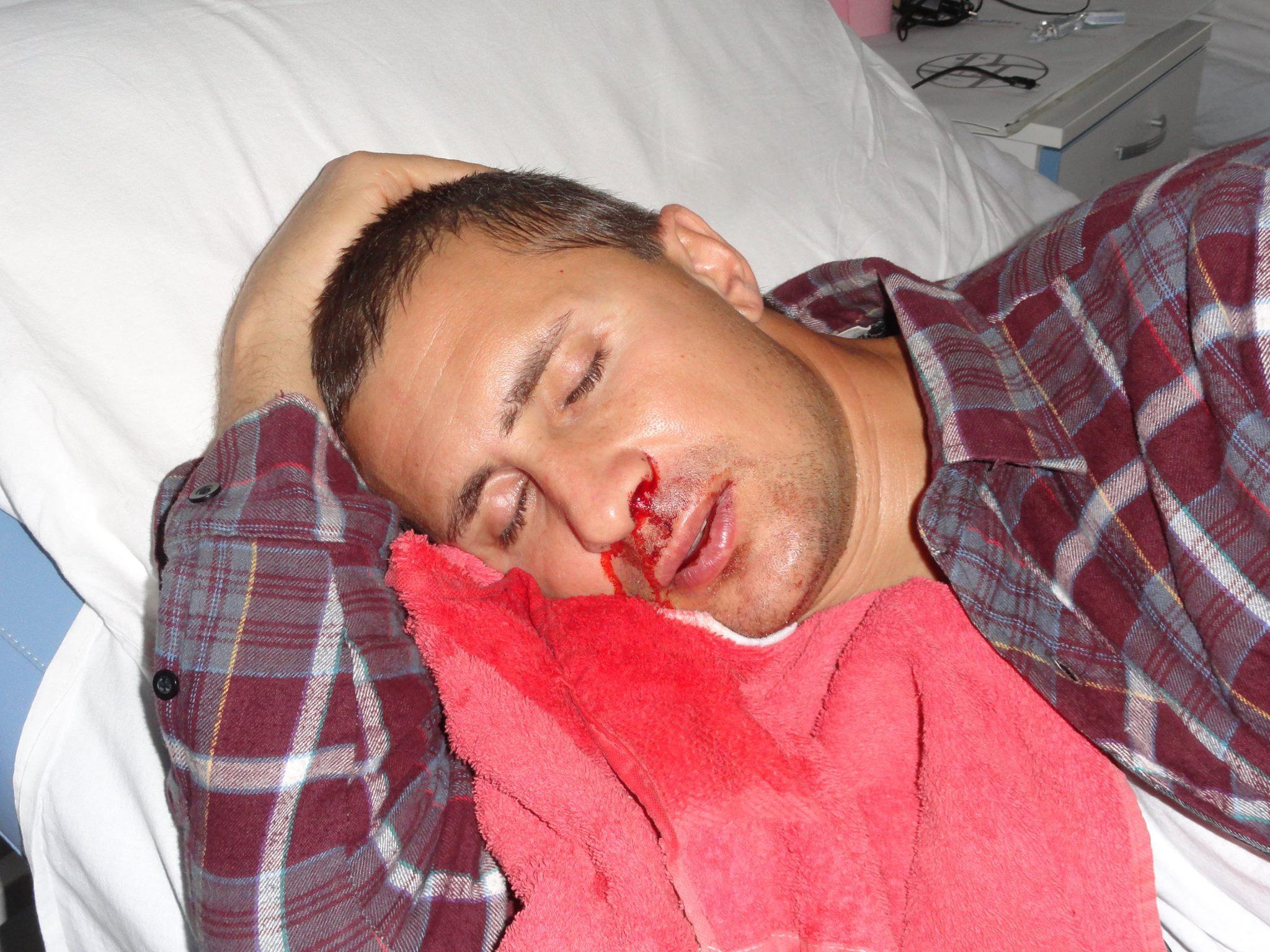 Iulian Stroe plin de sange pe pat