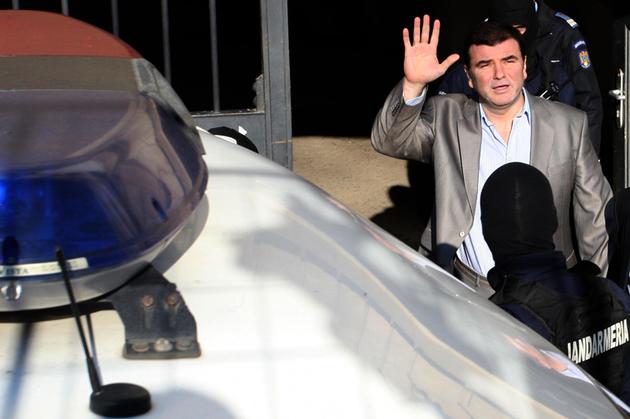 Chelu a fost arestat intr-un dosar in care era acuzat de dare de mita