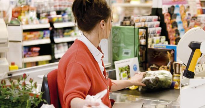 In Germania, un casier dintr-un supermarket castiga peste 1.500 de euro / luna