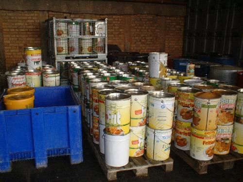Firmele care colecteaza deseurile trimit uleiul la export