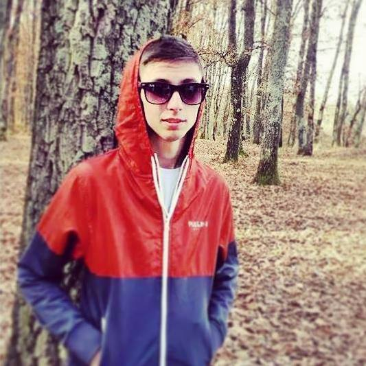 Pustiul de 19 ani din Lugoj este cautat d emarii artisti din tara