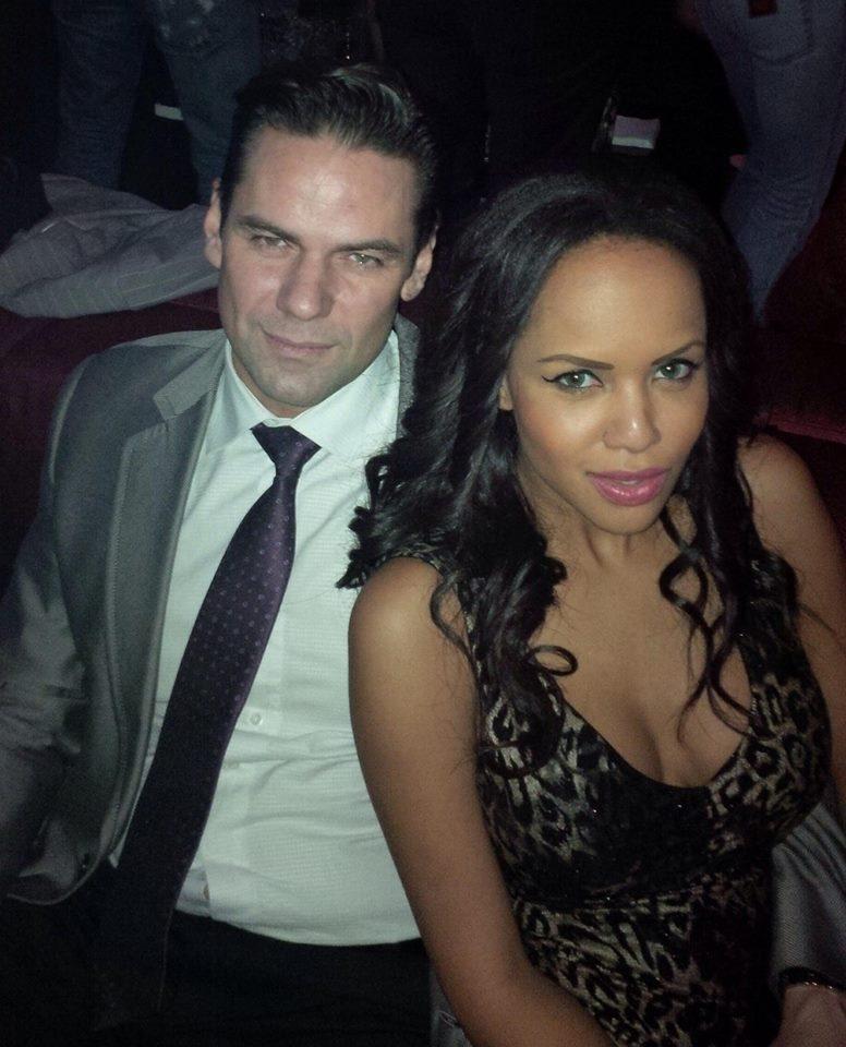 Raul si sotia lui vor sa faca o nunta fastuoasa