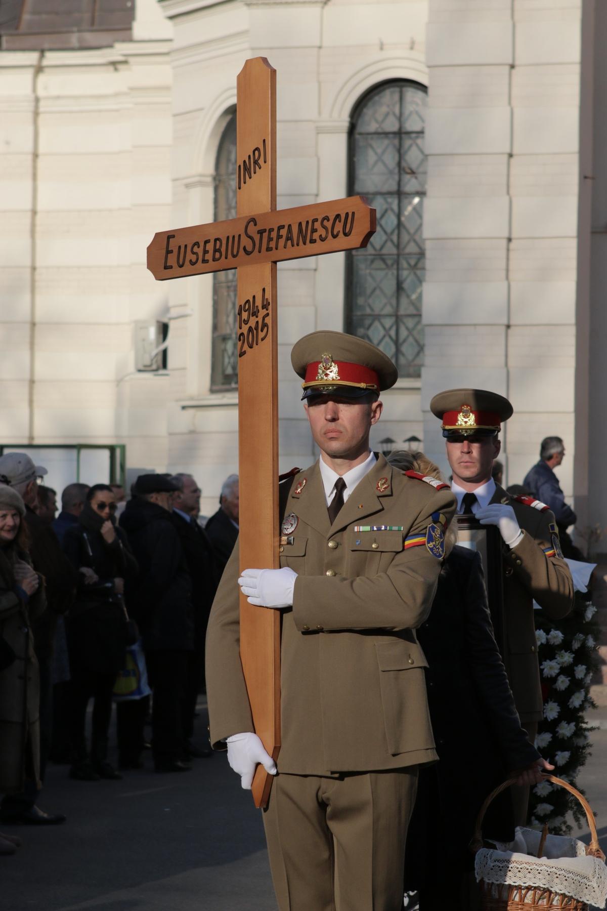 Eusebiu Stefanescu a murit dupa ce a pierdut lupta cu o boala incurabila