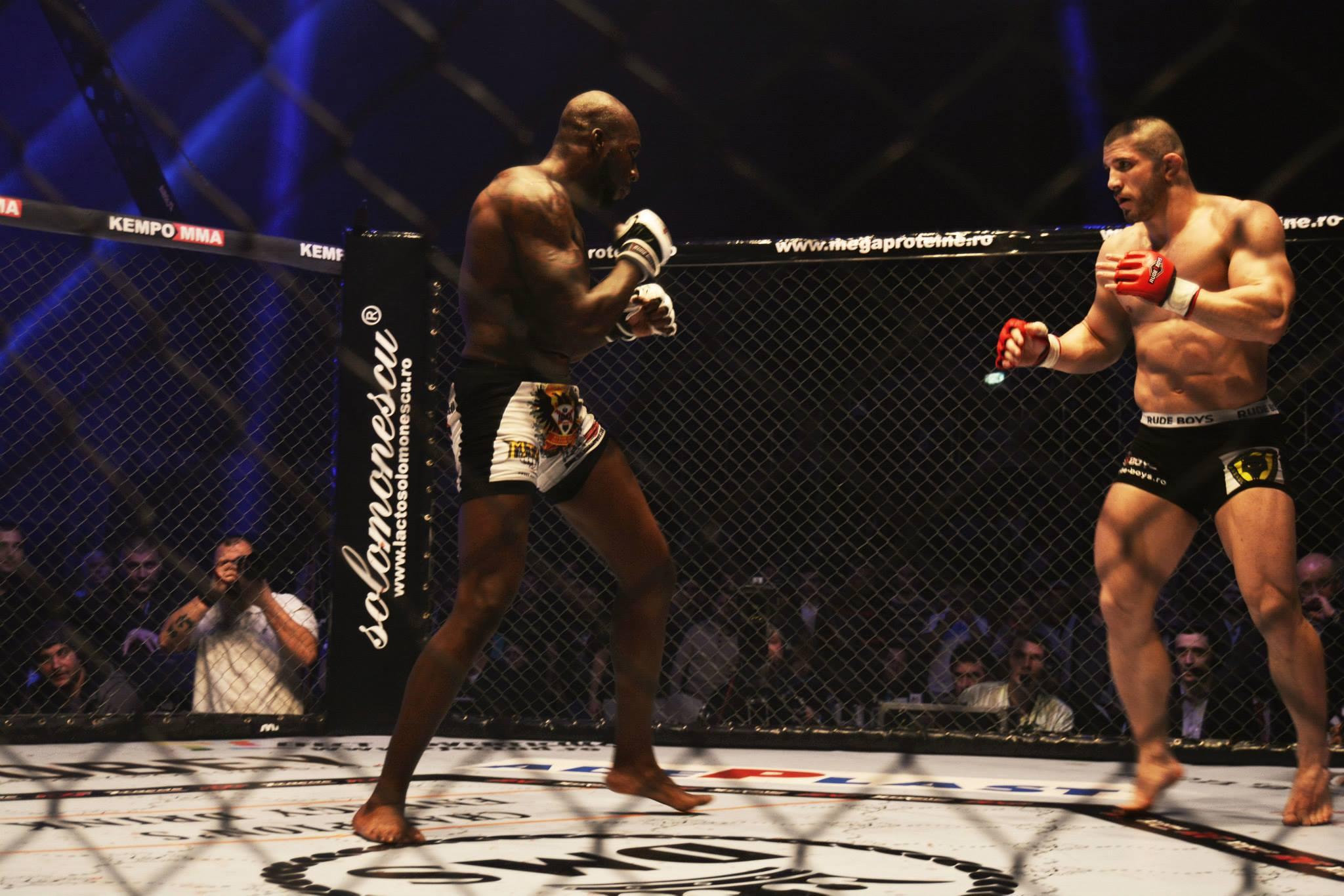 Pascu este unul dintre cei mai buni luptatori de MMA din Romania