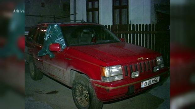 În acest autoturism a fost ciuruit afaceristul Mihai Ionescu