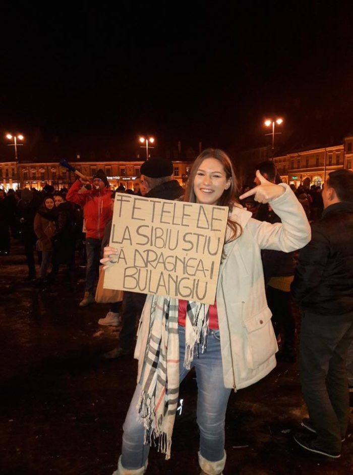 Când fetele de la Sibiu se laudă, după părerea noastră neîntemeiat, că-l cunosc bine pe liderul PSD