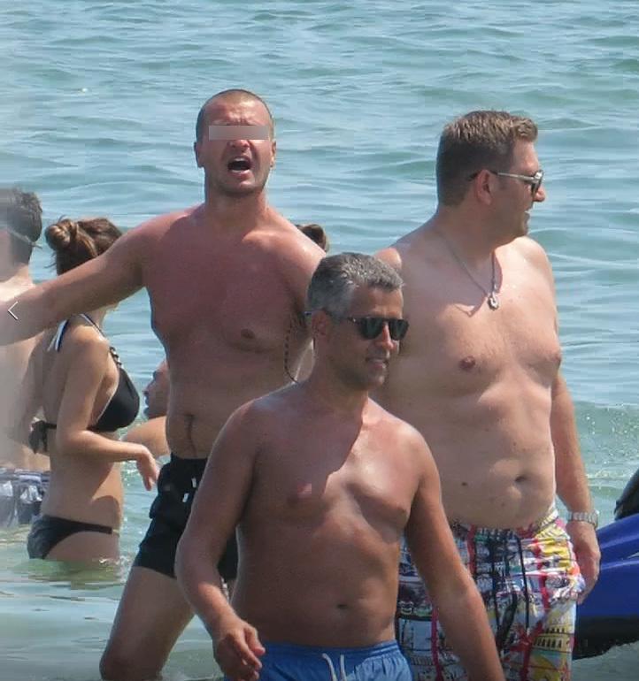 Remus Truică şi bunul său prieten G.A. s-au distrat de minune pe litoral