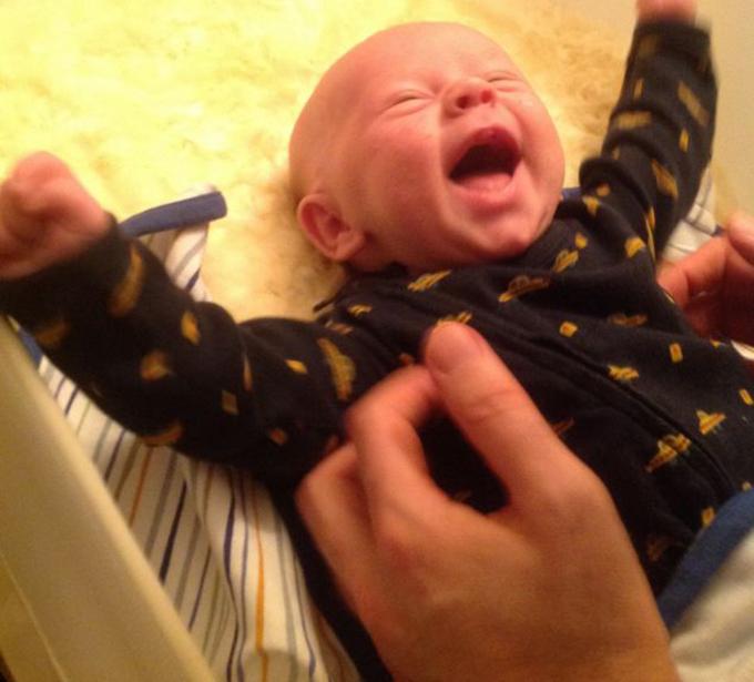 Potrivit studiului, rasul bebelusilor este modul lor de a spune ca totul este in regula si ca trebuie sa continui sa faci ceea ce faci, ca e bine