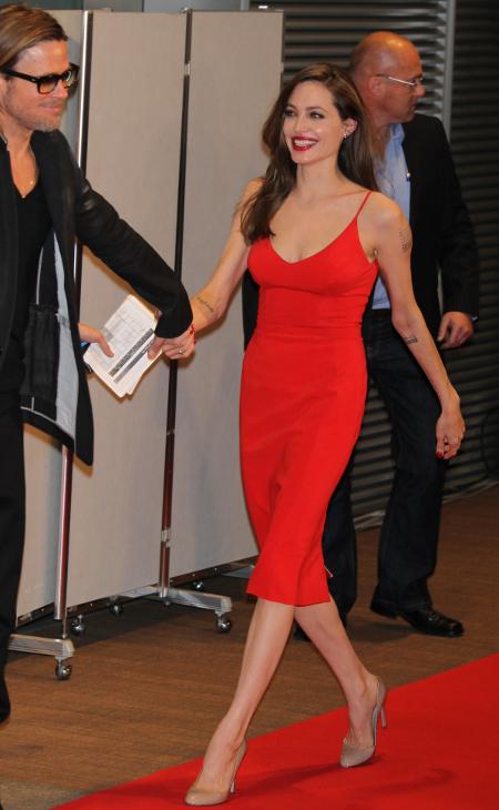 Angelina ajunsese sa cântărească numai 36 de kilograme!