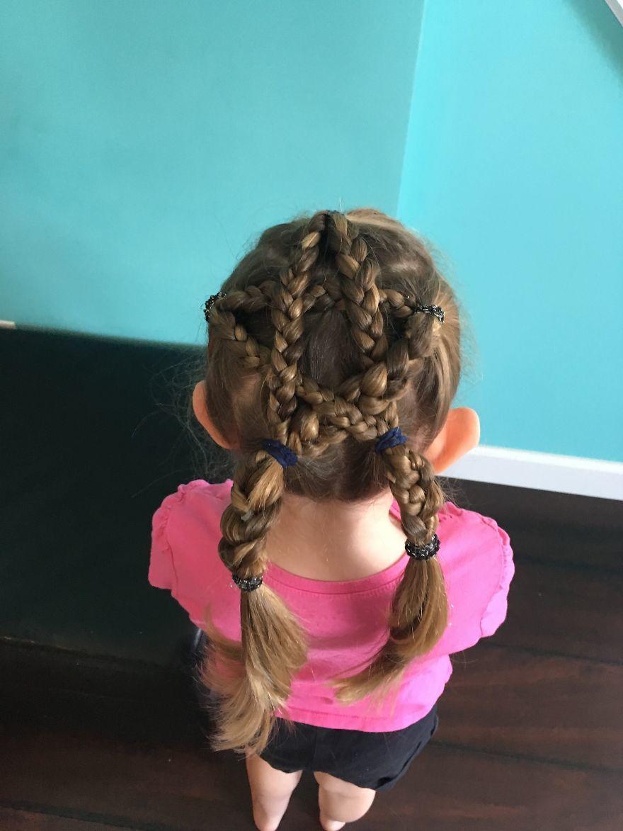 Super Coafuri Pentru Fetiţa Ta Cum Să îi Prinzi Părul încât Să îşi