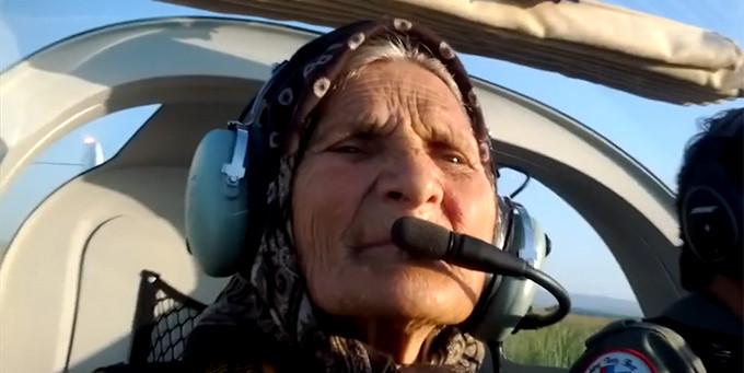 Femeia de 82 de ani din Suceava a fost ajutata de un vecin sa isi indeplineasca visul