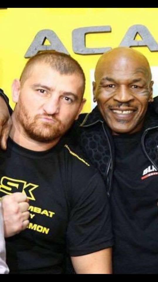 Tyson, alături de Moroşanu