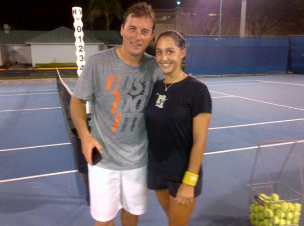 Andrei se iubeste de aproape un an cu tenismena pe care o antreneaza