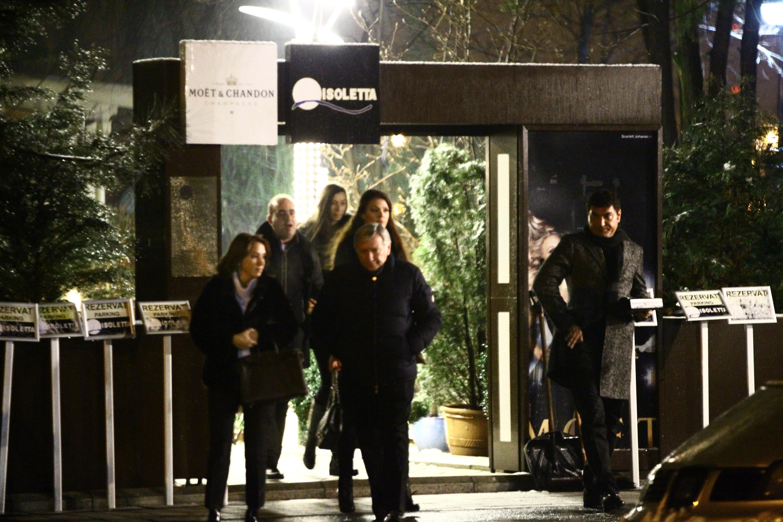 Cristi Borcea, Vova Cohn, Cristi Borcea si sotiile lor au luat cina impreuna la un restaurant select
