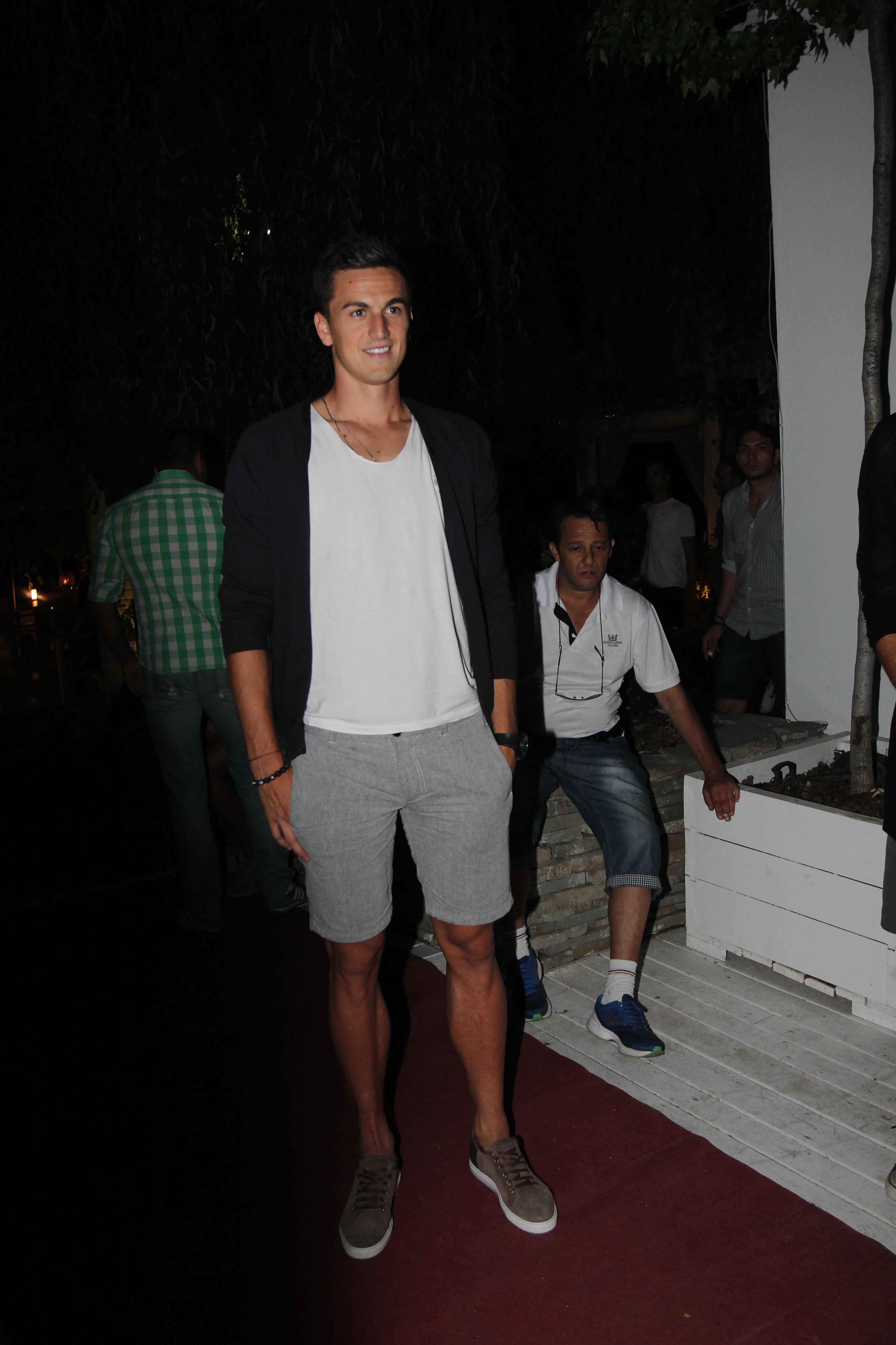 Florin Gardos a venit neinsotit la eveniment