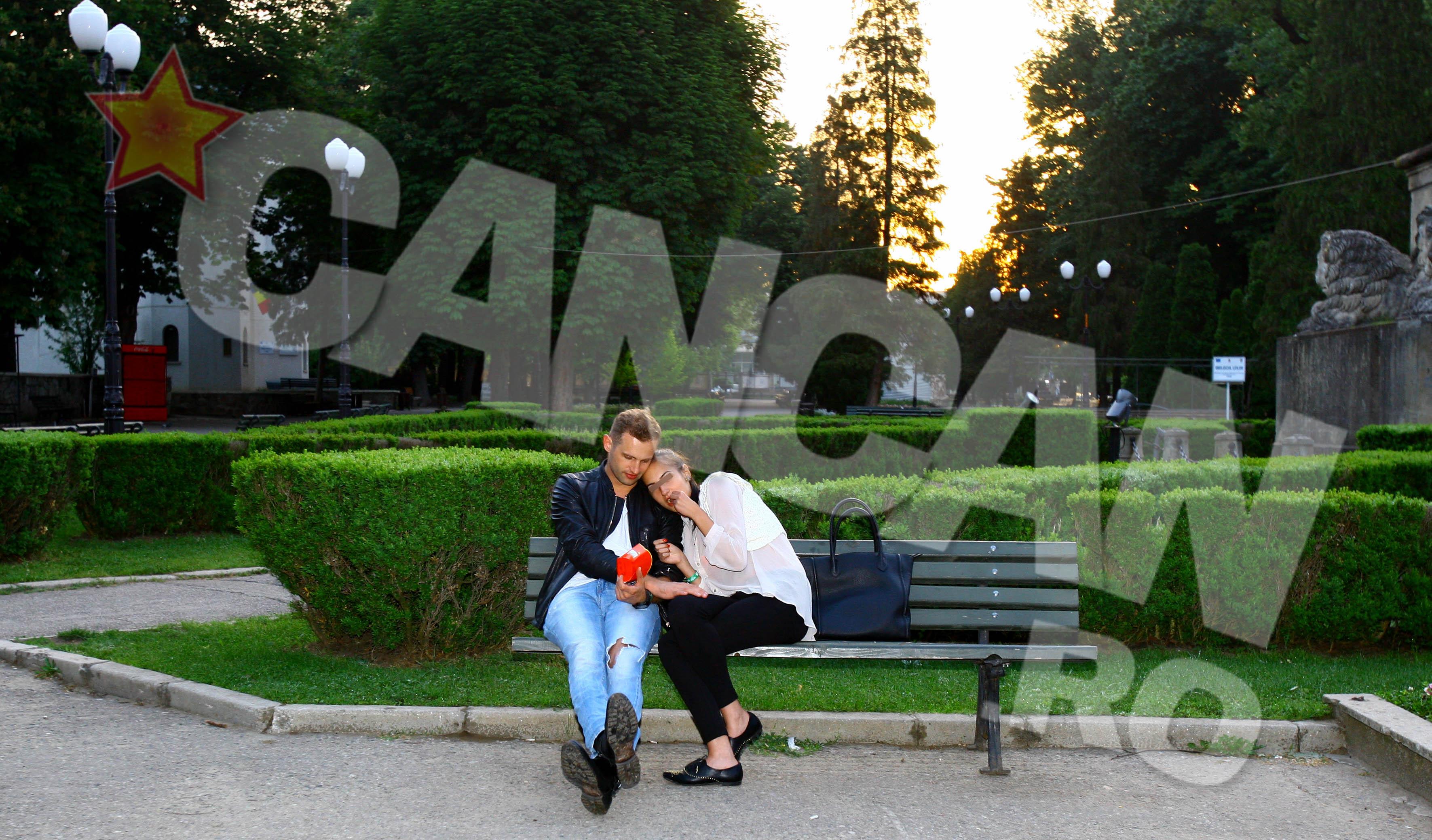 Dupa ce s-au cunoscut mai bine in club, Sorin si partenera lui au luat un mic dejun romantic in parcul Copou