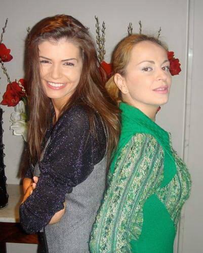 Delia a devenit cunoscuta ca cea mai buna prietena a Monicai Gabor