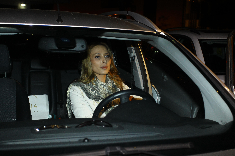 Iulia Vantur s-a distrat de zor in cluburi, la mare, de 1 Mai