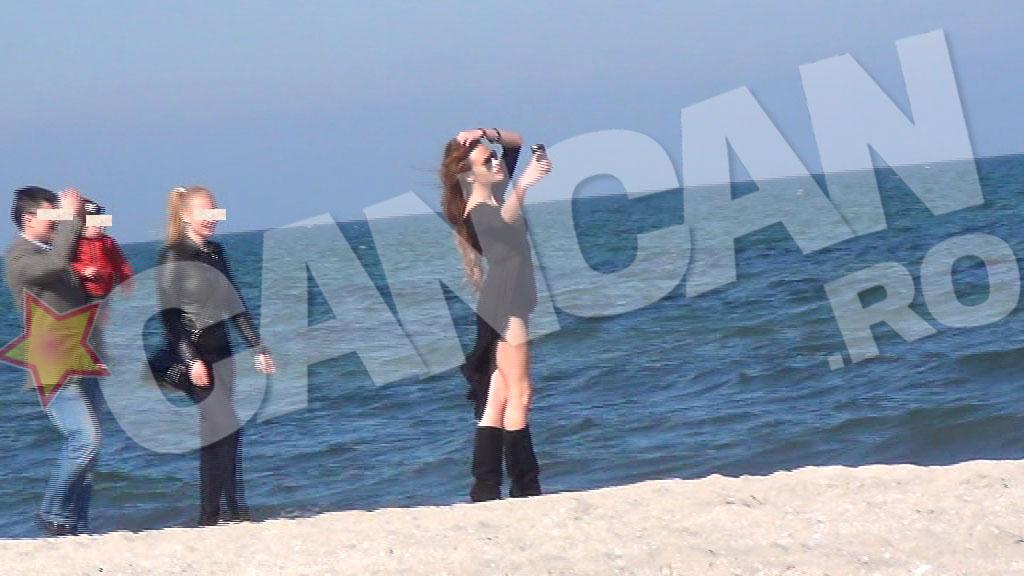 Rellys a fost atractia plajei, toti cei care treceau pe acolo neputandu-si lua ochii de la ea
