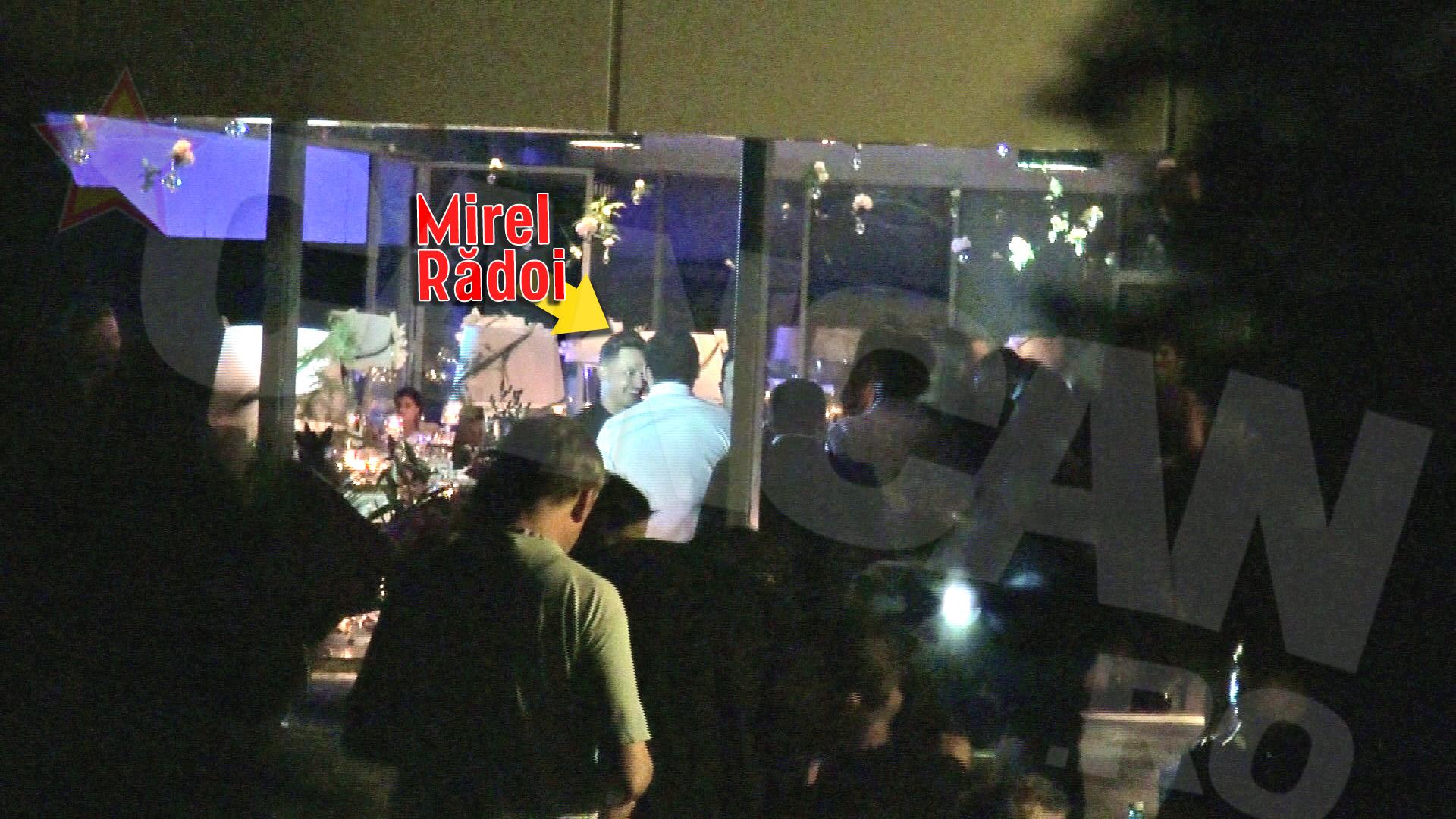 Mirel Radoi nu a putut rata petrecerea care a marcat 45 de ani de viata ai antrenorului sau