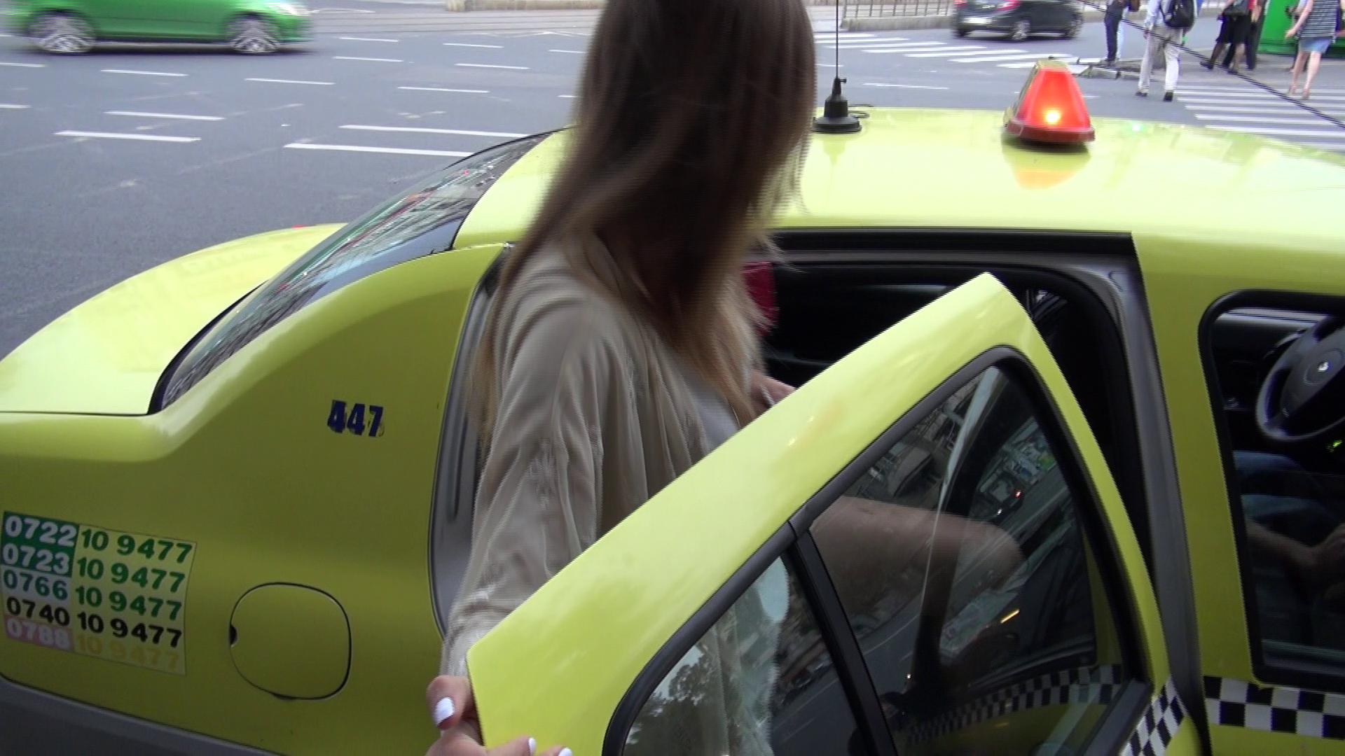 Emma s-a urcat in primul taxi si a plecat spre casa, pentru a-si face un test de sarcina