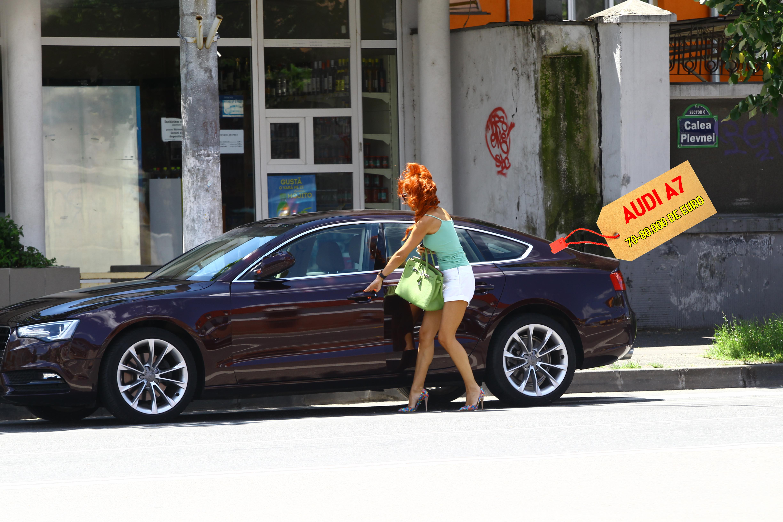 Sotia lui Axinte conduce, mai nou, o masina de super-fite