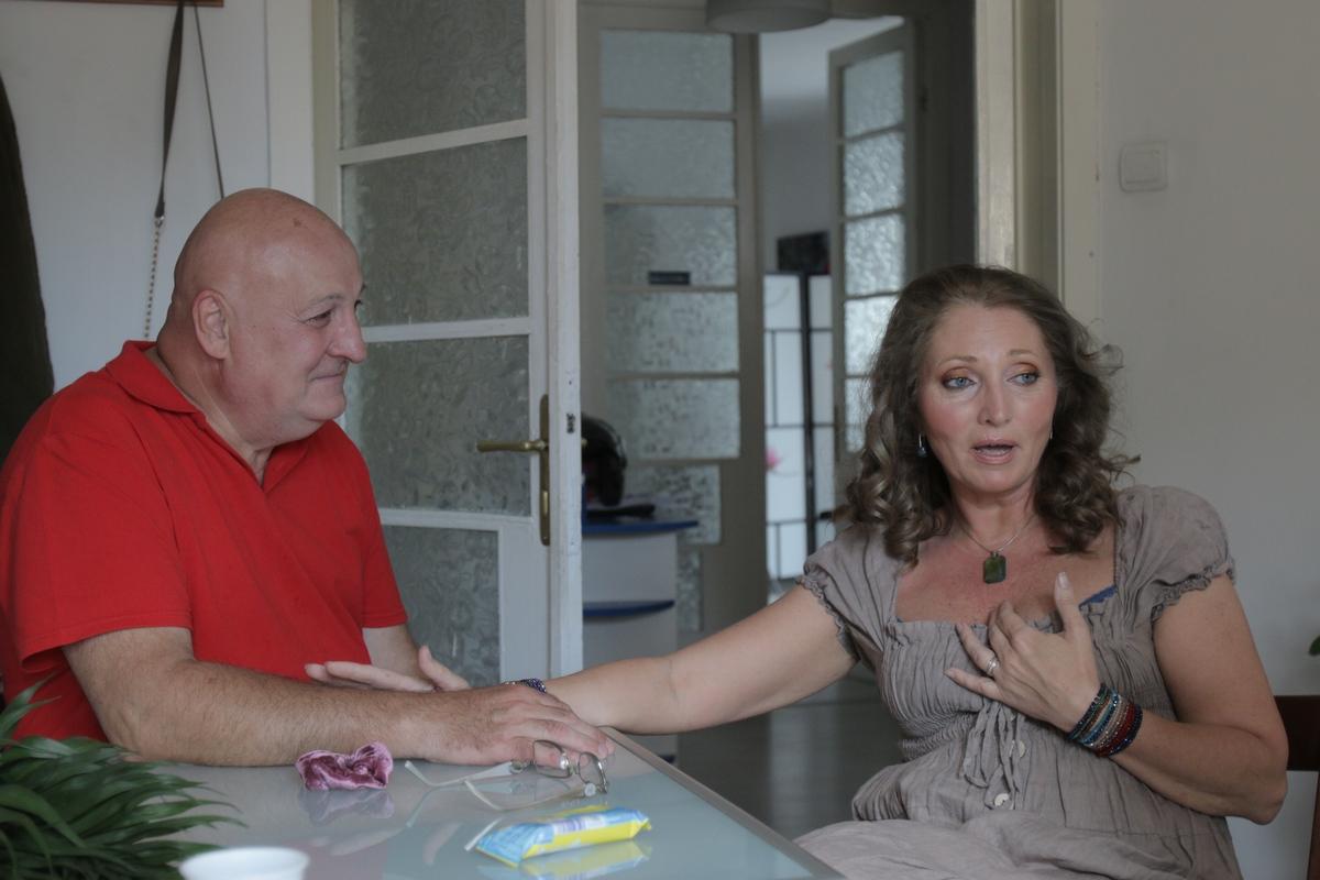 Actorul si Florina au mers luna trecuta la preot pentru a-si oficia relatia de 14 ani