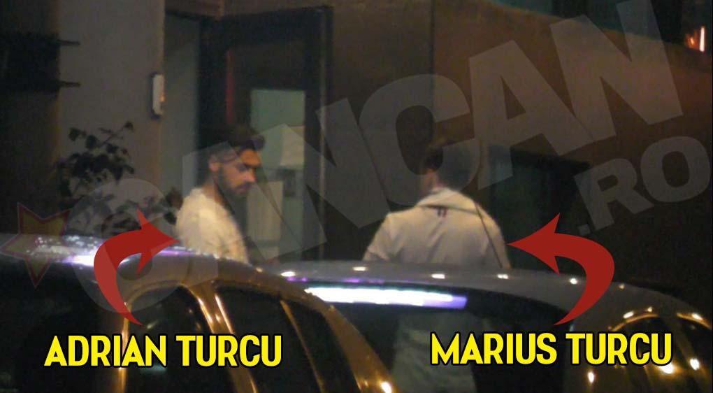 Marius si Adrian Turcu au asteptat nelinistiti in fata clinicii