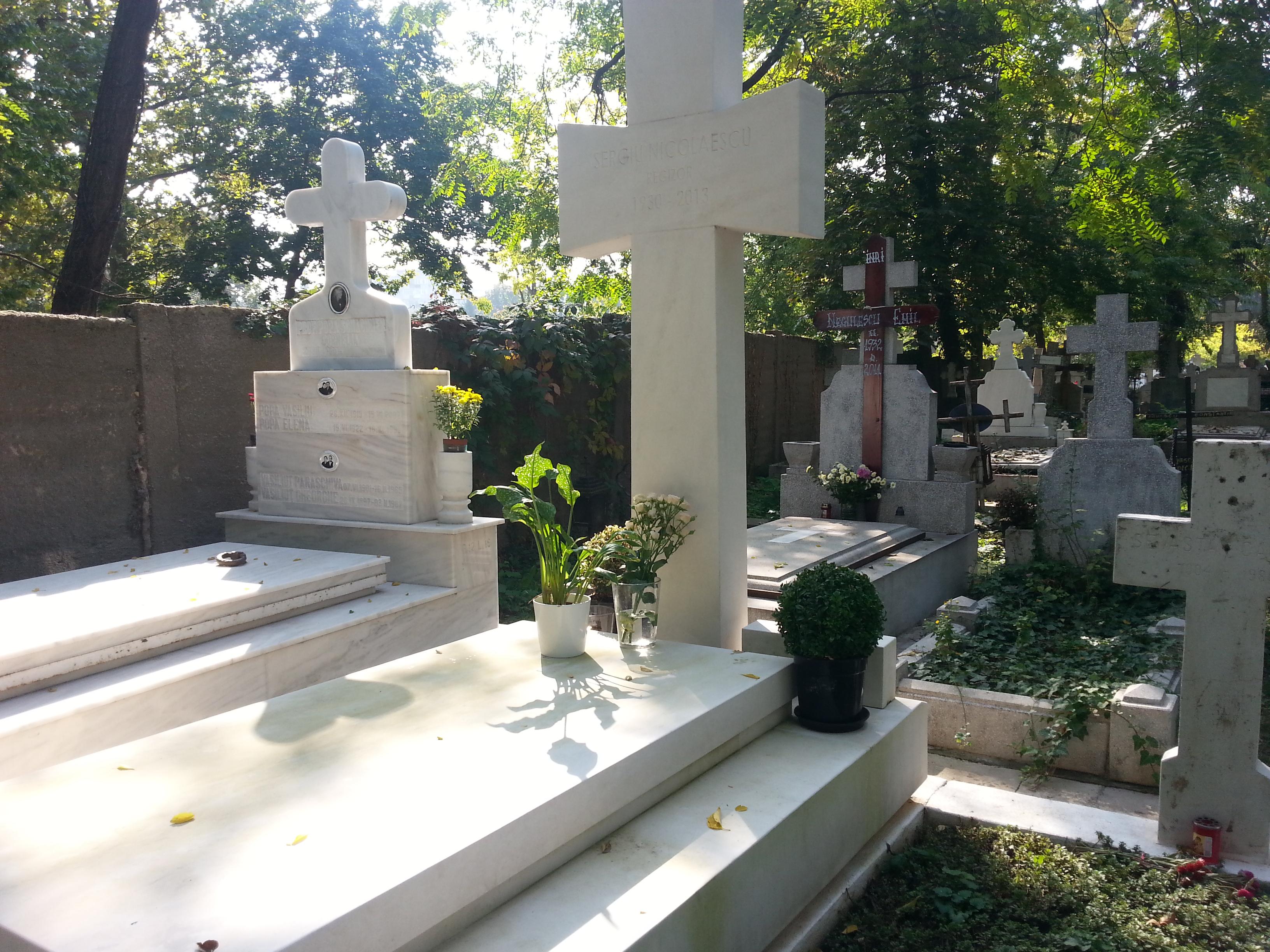 Monumentul funerara a costat circa 10.000 de euro