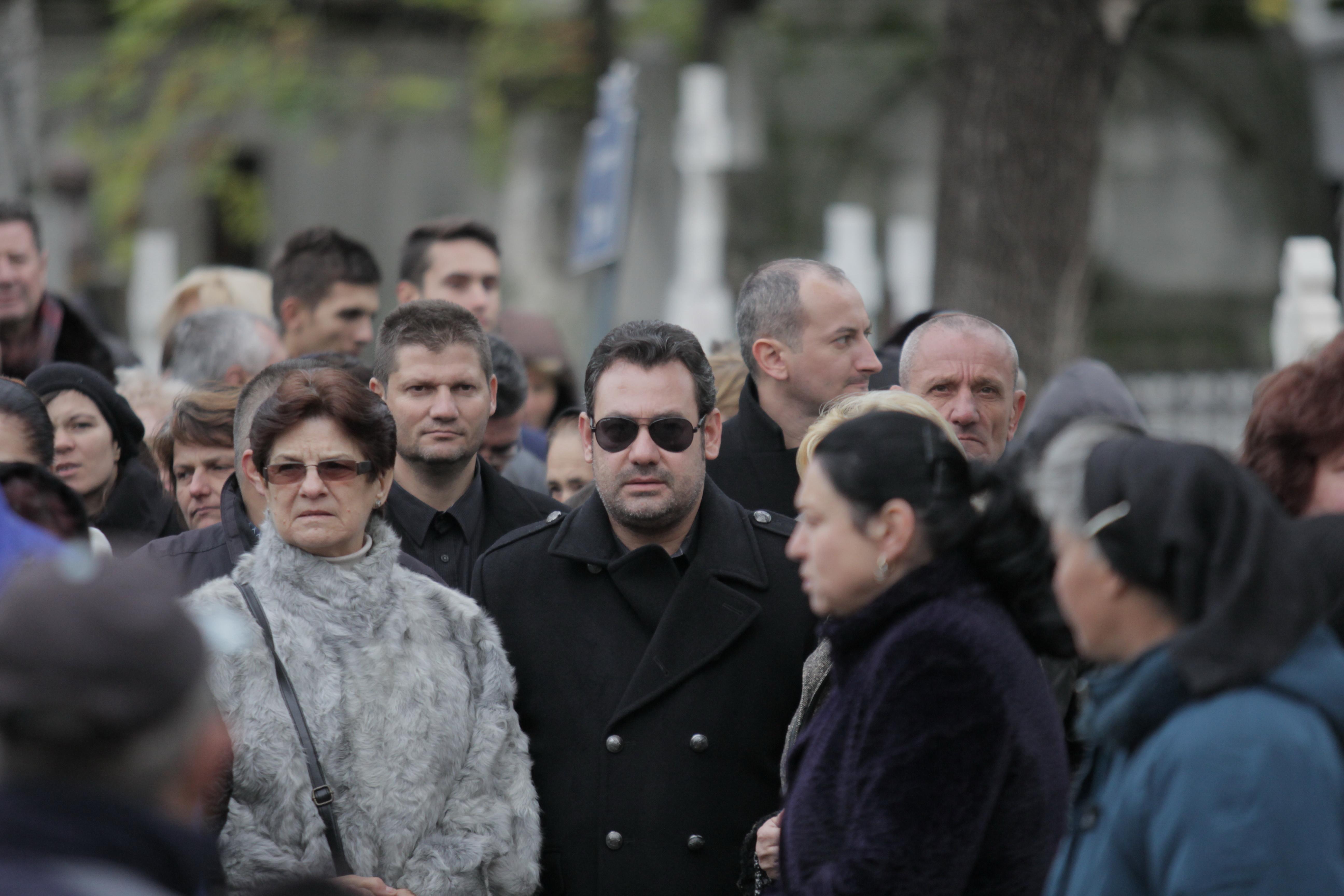 Ionut Dolanescu si-a condus bunica pe ultimul drum