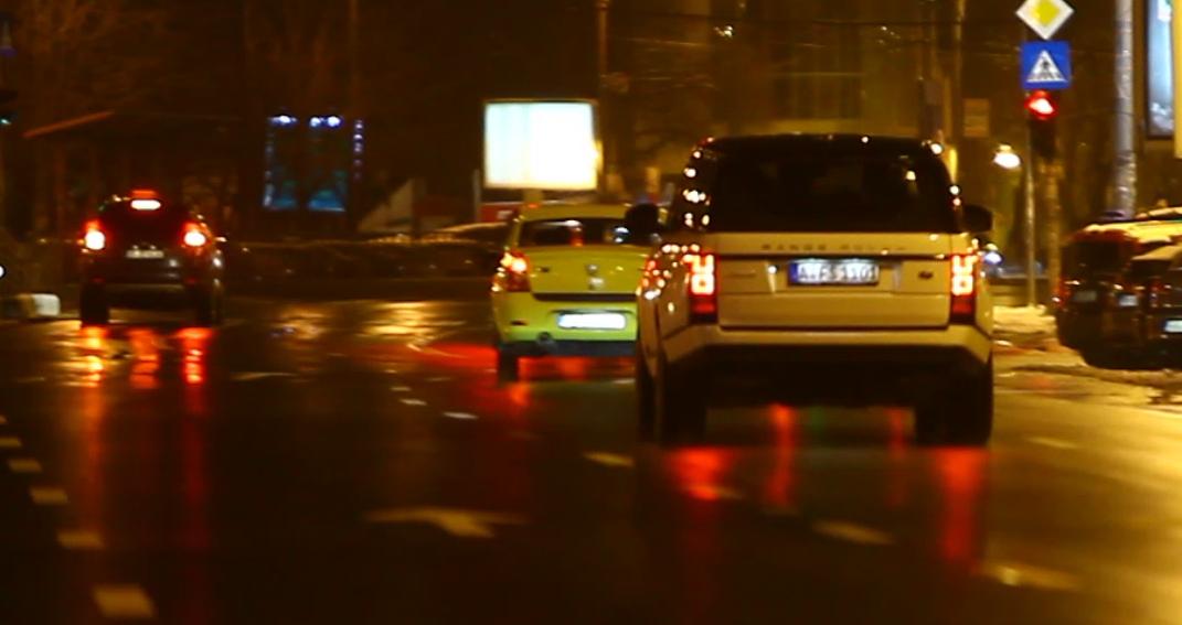 La unul dintre semafoare, autoturismul lui Salam a fost lovit chiar de un apropiat de-al artistului
