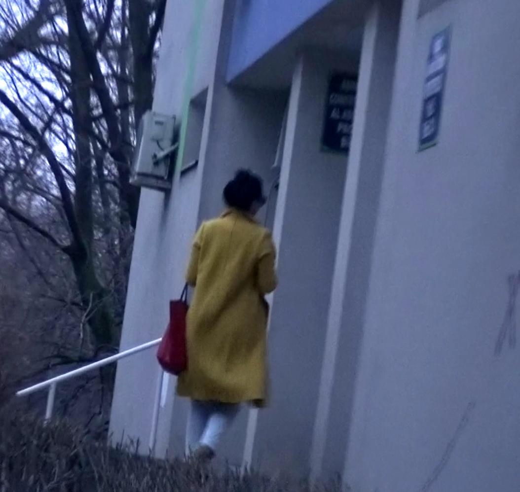 Renata s-a dus la ea acasa, in zona Dorobanti