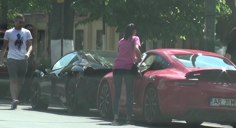 Tucudean a plecat cu Ferrari, in timp ce sotia s-a urcat intr-un Porsche