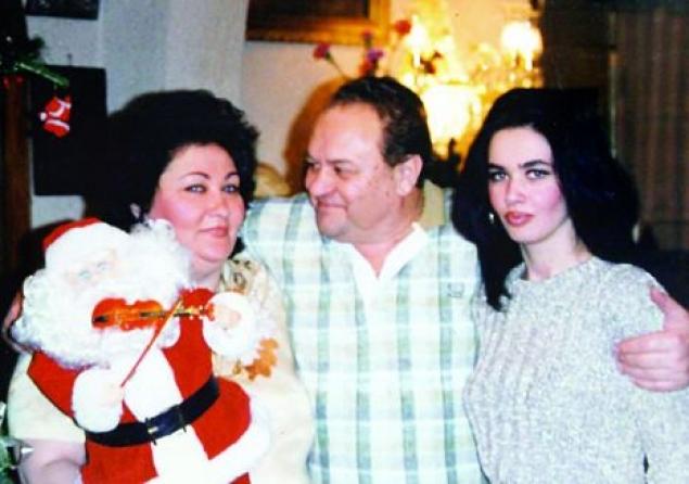Oana, Marioara si Nicolae Zavoranu