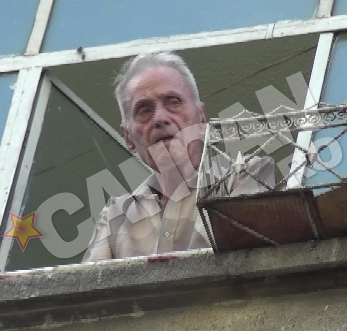 Inainte sa mearga la magazin, Visinescu a inspectat zona din apartamentul sau aflat la etajul 3