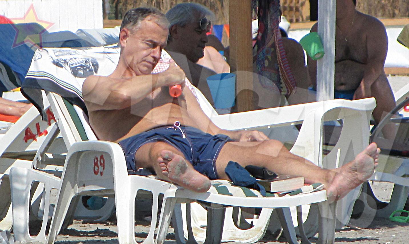 Mircea Geoana si-a pus pielea la adapost... de radiatii