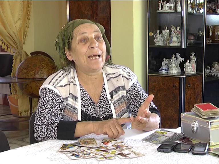 Vrajitoarea Bratara i-a ghicit Elenei Ceausescu in anii '70