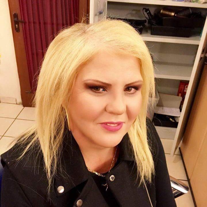 Mama Danielei Crudu, după operaţiile estetice!