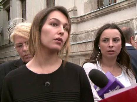 Irina Cristescu este determinată să lupte până la capăt pentru a-şi păstra fetiţa