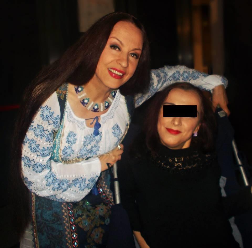 Maria Dragomiroiu a urcat pe scenă şi a cântat la numai 11 zile de la moartea prietenei ei, Ileana Ciuculete