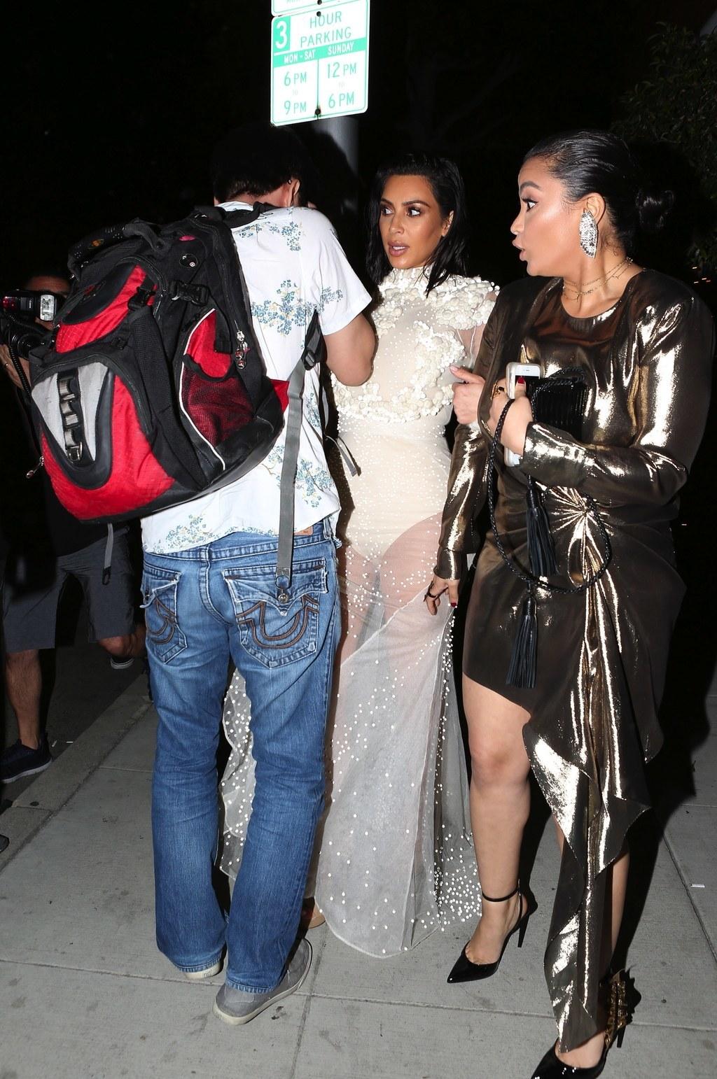 Kim Kardashian a reuşit încă o dată să devină o senzaţie a internetului